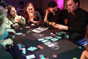 карточные игры казино